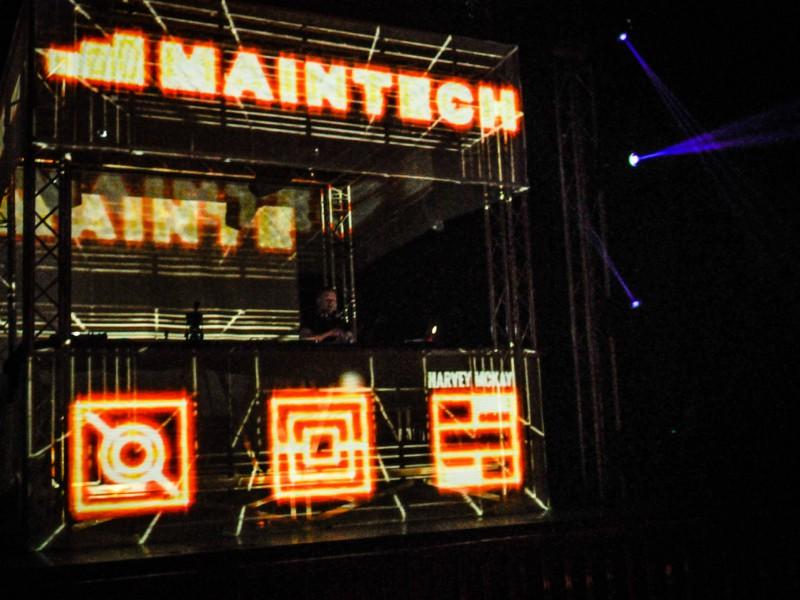 Maintech // 2014